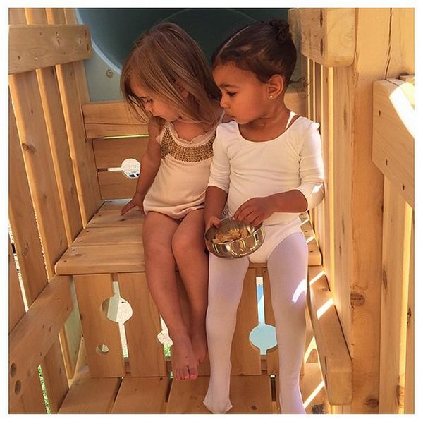Pictures-North-West-Penelope-Disick (1)