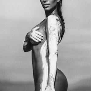 Kim Kardashian West   KardashianUnsealed 23