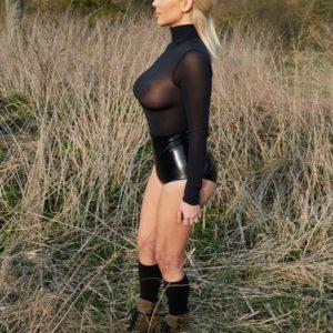 Kim Kardashian West   KardashianUnsealed 48