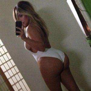 Kim Kardashian West   KardashianUnsealed 12