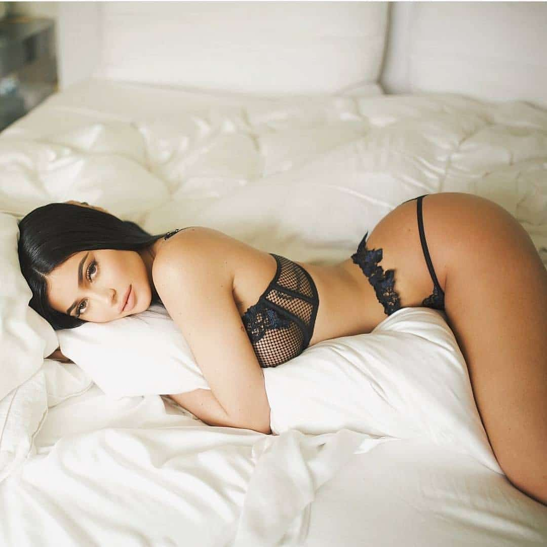 Kylie Jenner booty